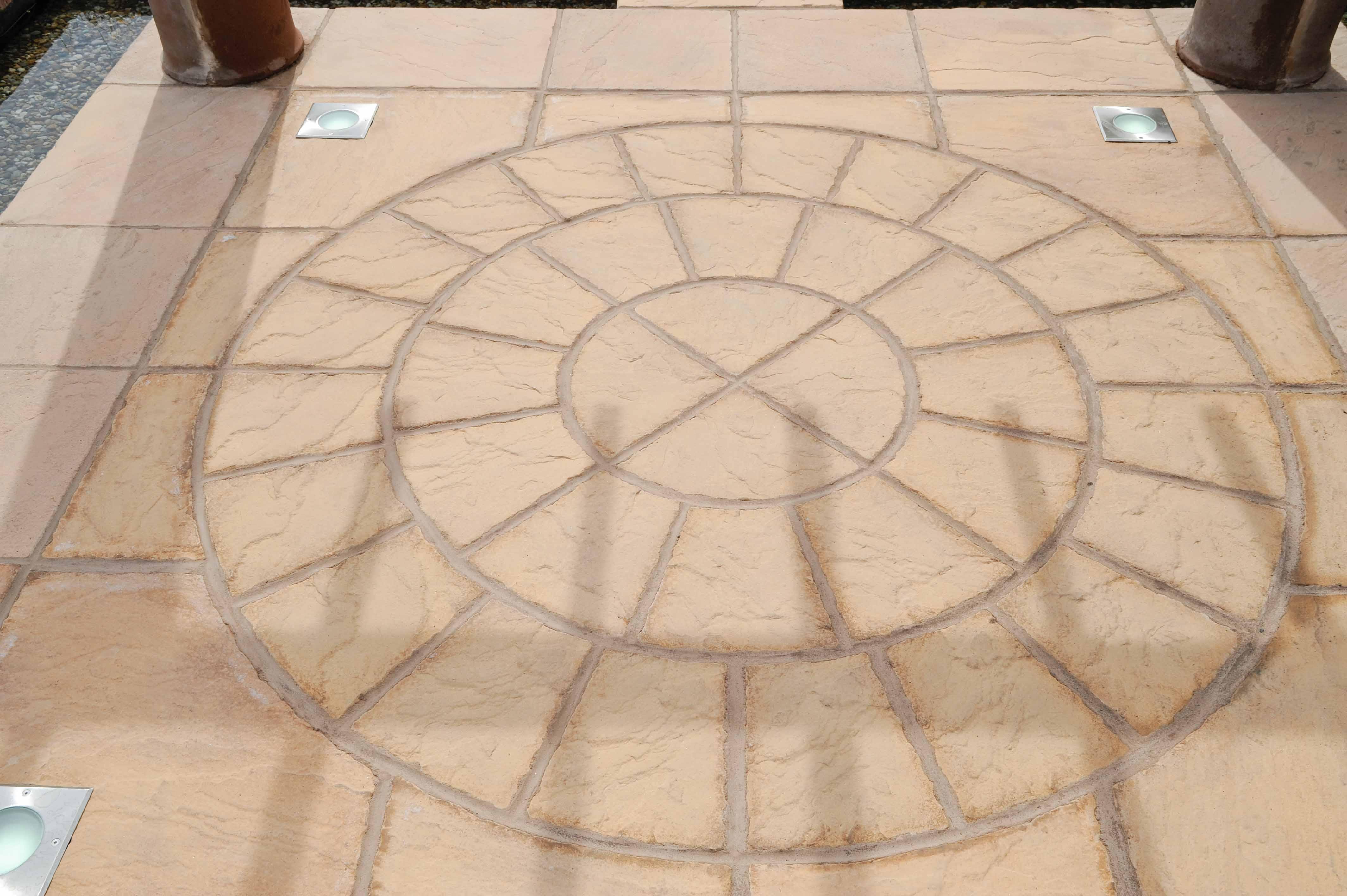 bronte_honey-brown_circle-with-corners
