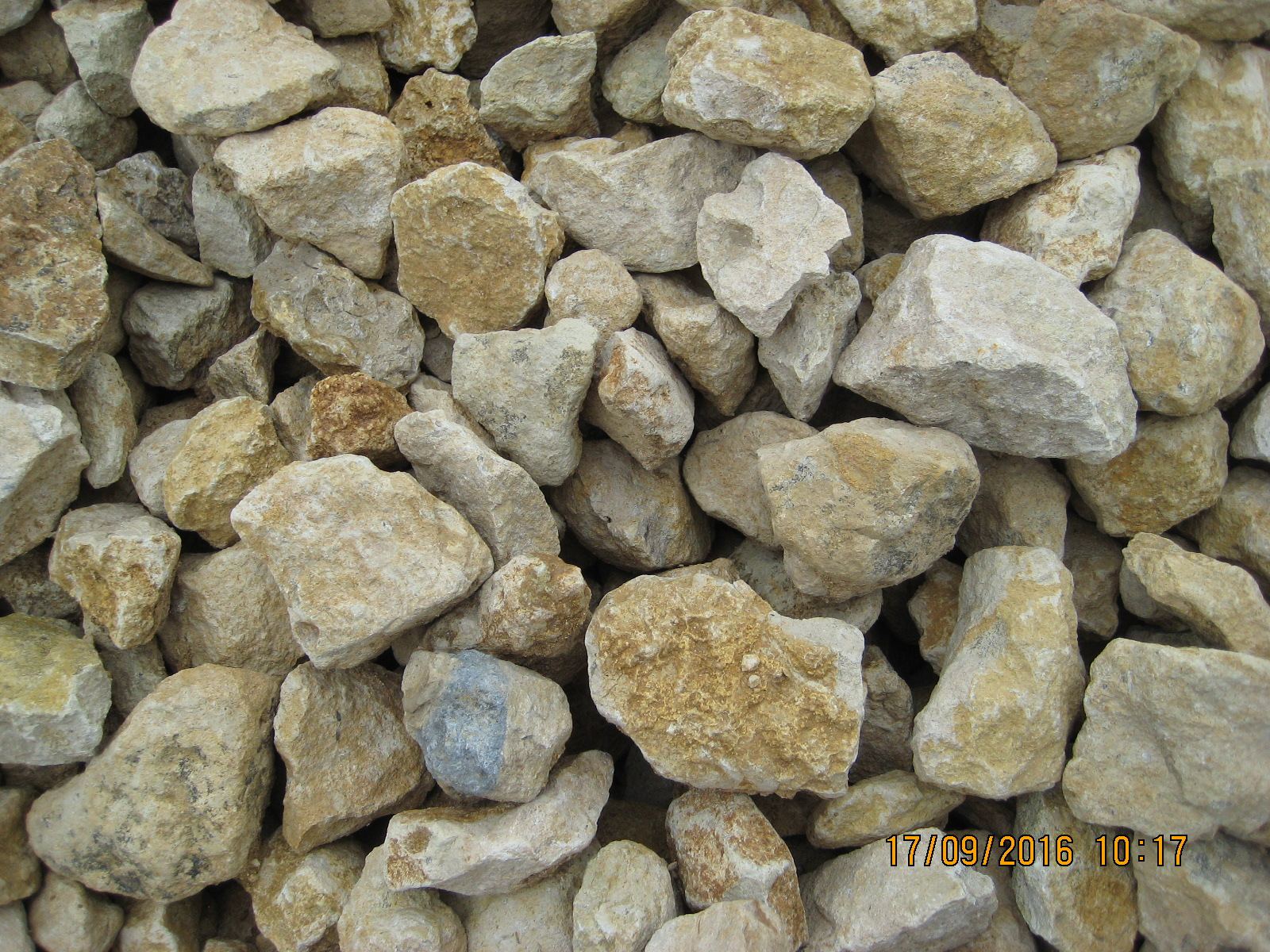 70/40mm crushed stone